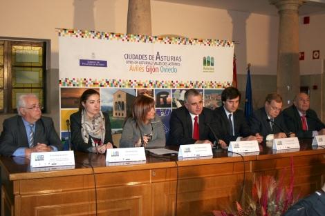Firma Convenio Ciudades de Asturias