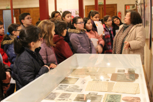 Porriño_visita_escolares_exposición_Soutullo (4)