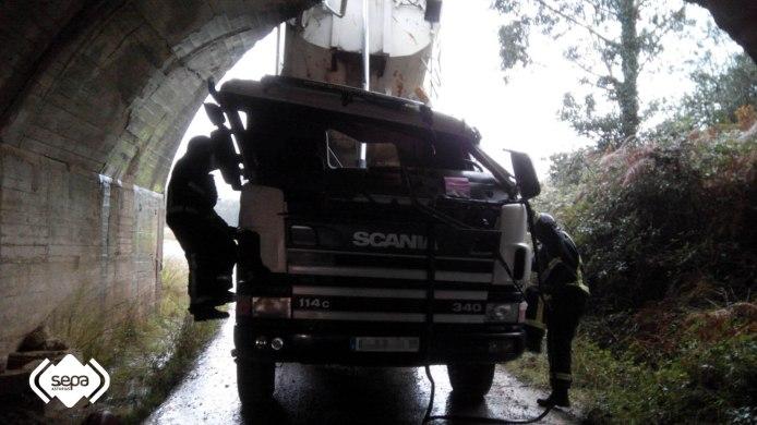 2015.10.19 ACCIDENTE LABORAL EN GOZON 1