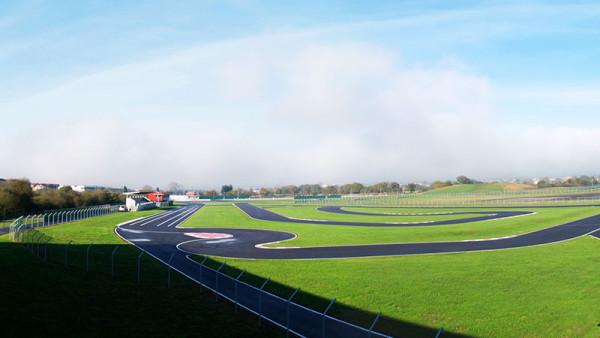 Circuito Xacobeo : Muere un niño de años cuando entrenaba en el circuito