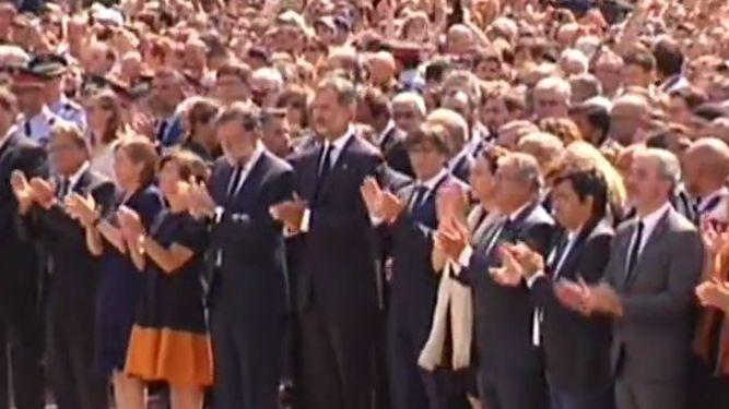 Concentración en Barcelona con el Rey, Rajoy y Puigdemont