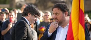 Caixabank y Sabadell presionan sacando operaciones de Cataluña